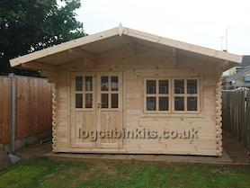 Arabba 4x4 Log Cabin