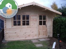 Lusia 4x4 Log Cabin