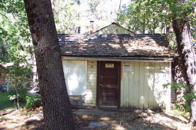 1 Cabin 28